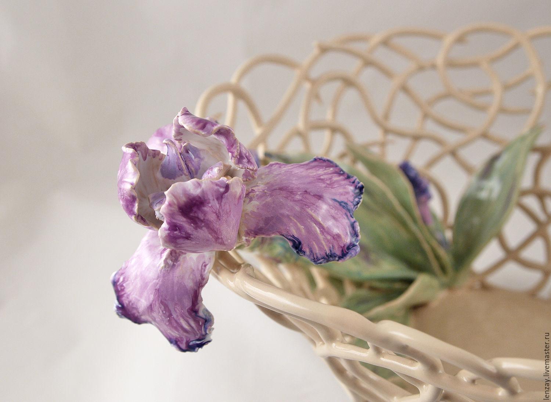 Большая ажурная фруктовница `Ирис`. Диаметр 33 см. Плетеная керамика и цветы в керамике Елены Зайченко
