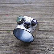 """Украшения ручной работы. Ярмарка Мастеров - ручная работа Серебряное кольцо """"Капли"""", кольцо три камня, широкое кольцо с камнями. Handmade."""