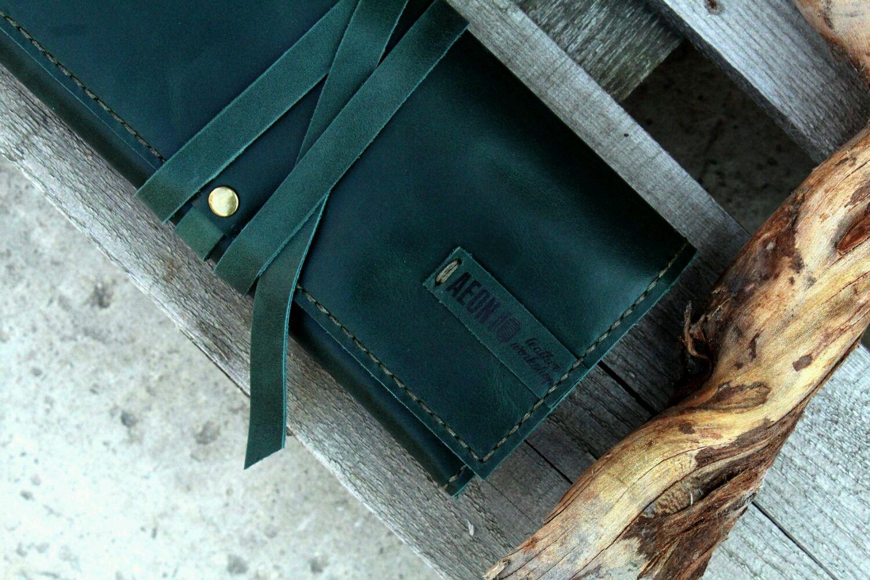 Футляры, очечники ручной работы. Ярмарка Мастеров - ручная работа. Купить Кисет для сигар зеленый. Handmade. Дизайн, дизайнерское украшение