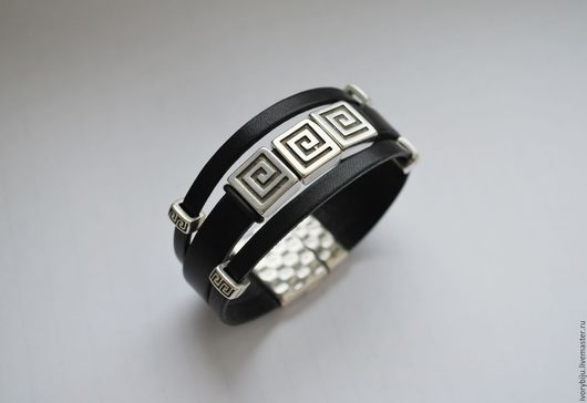Браслеты ручной работы. Ярмарка Мастеров - ручная работа. Купить Кожаный браслет с бусинами под греческий орнамент, черный. Handmade.