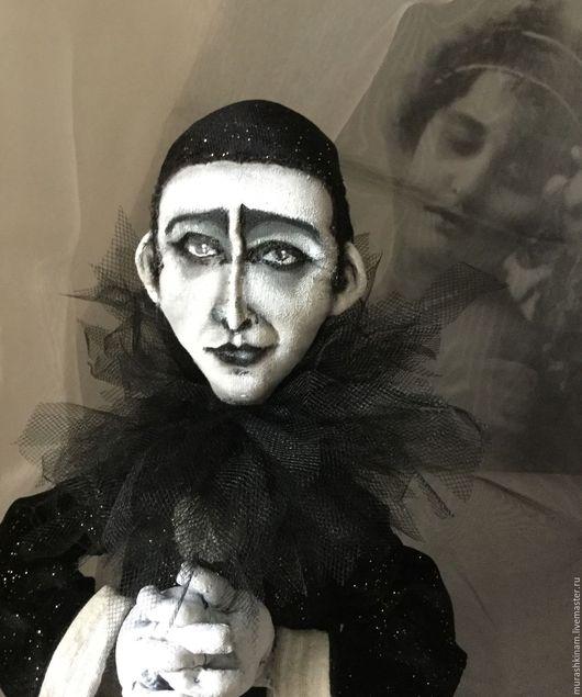Странствующий СРЕДИ МИРОВ. Интерьерная текстильная кукла купить в подарок