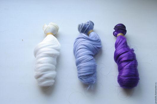 Кудри для кукол - трессы синтестические. Длина волос  в локонах 15 см. Длина волос  выпрямленных 28 см.