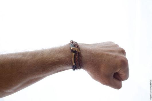 Украшения для мужчин, ручной работы. Ярмарка Мастеров - ручная работа. Купить Кожаные браслет  с топором  Minttiger. Handmade. Рыжий