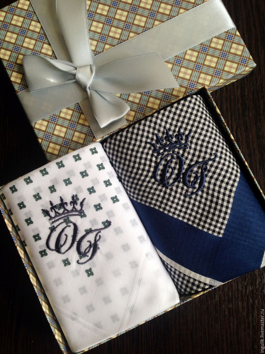 Order Handkerchiefs men's Crown embroidered Monogram Monogram. mybroidery.  Livemaster.