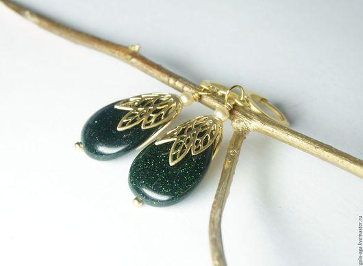 Серьги ручной работы. Ярмарка Мастеров - ручная работа. Купить зеленая тайна. Handmade. Тёмно-зелёный, стильные сережки