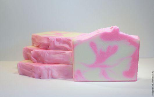 """Мыло ручной работы. Ярмарка Мастеров - ручная работа. Купить """"Пион"""" натуральное мыло с нуля.. Handmade. Фуксия"""