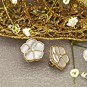 Украшения handmade. Livemaster - original item Earrings with rainbow mother of pearl and diamonds in yellow gold 585. Handmade.