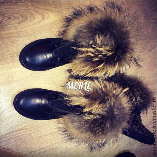 Обувь ручной работы. Ярмарка Мастеров - ручная работа. Купить Кеды зимние с мехом енота, на овчине, черная кожа и замш. Handmade.
