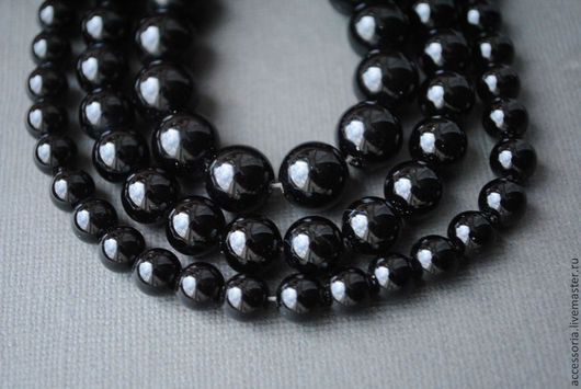 Черный агат бусины, глянцевый шар 7.5, 9.5 и 11 мм.