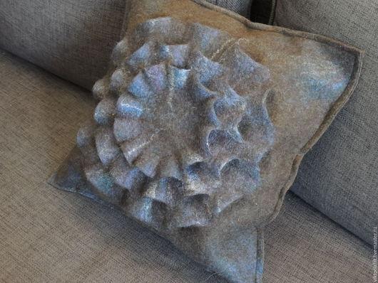 Текстиль, ковры ручной работы. Ярмарка Мастеров - ручная работа. Купить Подушка интерьерная из шерсти. Handmade. Коричневый, подушка стильная