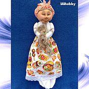 Для дома и интерьера ручной работы. Ярмарка Мастеров - ручная работа Пакетница Дуся (чулочная кукла). Handmade.