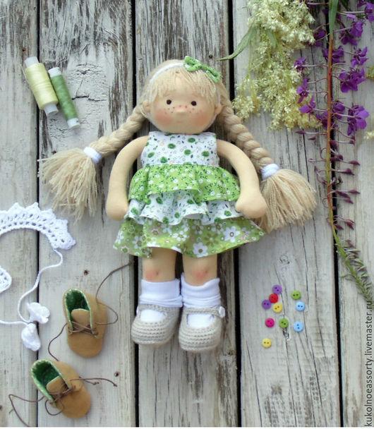 Вальдорфская игрушка ручной работы. Ярмарка Мастеров - ручная работа. Купить Томочка. Handmade. Зеленый, кукла из ткани, одежда для кукол
