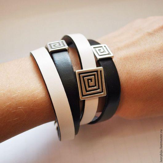 Браслеты ручной работы. Ярмарка Мастеров - ручная работа. Купить Кожаный браслет намотка черно-белый, греческий орнамент. Handmade.