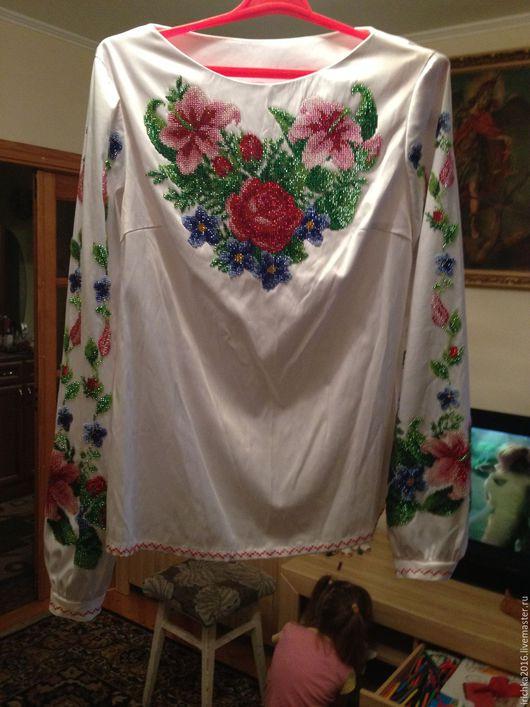 Вышивка с лилиями