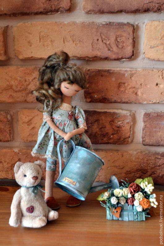 Коллекционные куклы ручной работы. Ярмарка Мастеров - ручная работа. Купить Мамина помощница. Handmade. Комбинированный, кукла в подарок