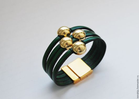 Браслеты ручной работы. Ярмарка Мастеров - ручная работа. Купить Кожаный браслет, широкий, зеленый. Handmade. Комбинированный, украшение из кожи