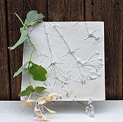 Для дома и интерьера ручной работы. Ярмарка Мастеров - ручная работа Жимолость/каприфоль - панно из гипса. Handmade.