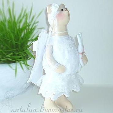 Куклы и игрушки ручной работы. Ярмарка Мастеров - ручная работа Мишка ангел-оберег талисман для беременной.  беременность. Handmade.
