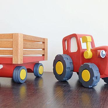 Куклы и игрушки ручной работы. Ярмарка Мастеров - ручная работа Игрушки: СИНИЙ ТРАКТОР (В ЦВЕТЕ). Handmade.