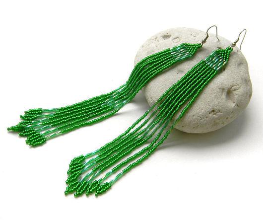 Серьги ручной работы. Ярмарка Мастеров - ручная работа. Купить Очень длинные зеленые серьги из бисера Необычные серьги ручной работы. Handmade.