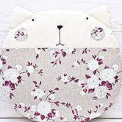 Для дома и интерьера ручной работы. Ярмарка Мастеров - ручная работа Подушка декоративная кот, декор в детскую, круглая подушка Pillow. Handmade.