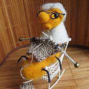 Войлочная игрушка ручной работы. Ярмарка Мастеров - ручная работа Гусеница с вязанием, игрушка из шерсти. Handmade.