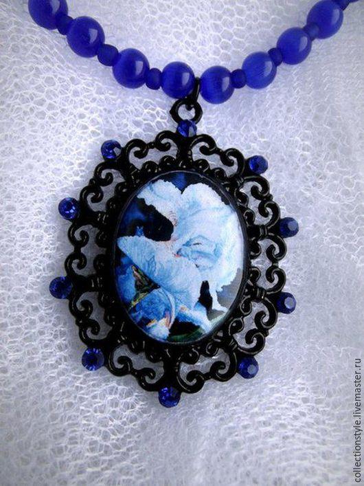 Колье, бусы ручной работы. Ярмарка Мастеров - ручная работа. Купить Ожерелье. Handmade. Тёмно-синий, хрусталь, цветы, акварель