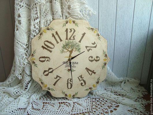 """Часы для дома ручной работы. Ярмарка Мастеров - ручная работа. Купить Часы резные  """"Оливки"""""""". Handmade. Прованс, подарок"""