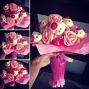 Цветы и флористика ручной работы. Ярмарка Мастеров - ручная работа Букетики из игрушек. Handmade.