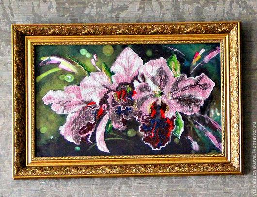 """Картины цветов ручной работы. Ярмарка Мастеров - ручная работа. Купить Картина вышитая бисером """"Орхидеи"""". Handmade. Комбинированный, картина"""
