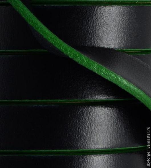 Для украшений ручной работы. Ярмарка Мастеров - ручная работа. Купить Кожаный шнур плоский 10x1,5 мм. Черный, темно-зеленый. Handmade.