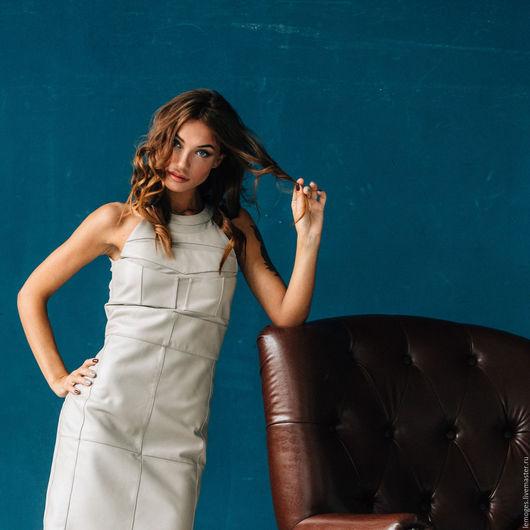 Платья ручной работы. Ярмарка Мастеров - ручная работа. Купить Бежевое платье из натуральной кожи. Handmade. Кожаное платье