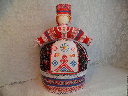 """Народные куклы ручной работы. Ярмарка Мастеров - ручная работа. Купить Копия  работы Кукла-оберег """"Макошь"""" из бязи, льна и ситца на чайник. Handmade."""