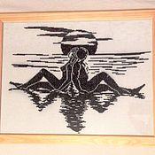 """Картины и панно ручной работы. Ярмарка Мастеров - ручная работа Вышитая картина """"Двое"""" монохром. Handmade."""