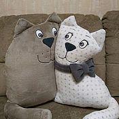 """Мягкие игрушки ручной работы. Ярмарка Мастеров - ручная работа Подушка-игрушка """"Влюбленные коты"""". Handmade."""