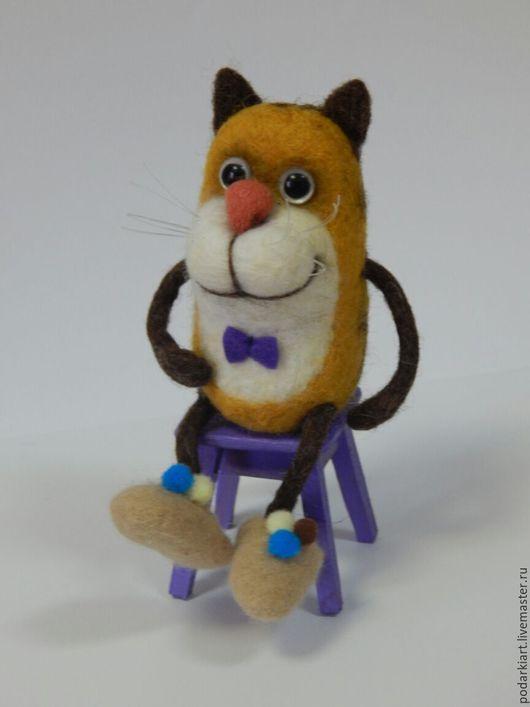 Игрушки животные, ручной работы. Ярмарка Мастеров - ручная работа. Купить Котики войлочные.Кот игрушка. Котик на стуле, ищет дом. Handmade.