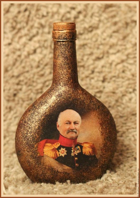 Подарочная бутылка с использованием Фотоколлажа из вашего фото и старинной картины в технике Декупаж, отличный подарок мужчине на любой случай жизни! Декупаж, бутылка, распечатка, декупаж бутылки