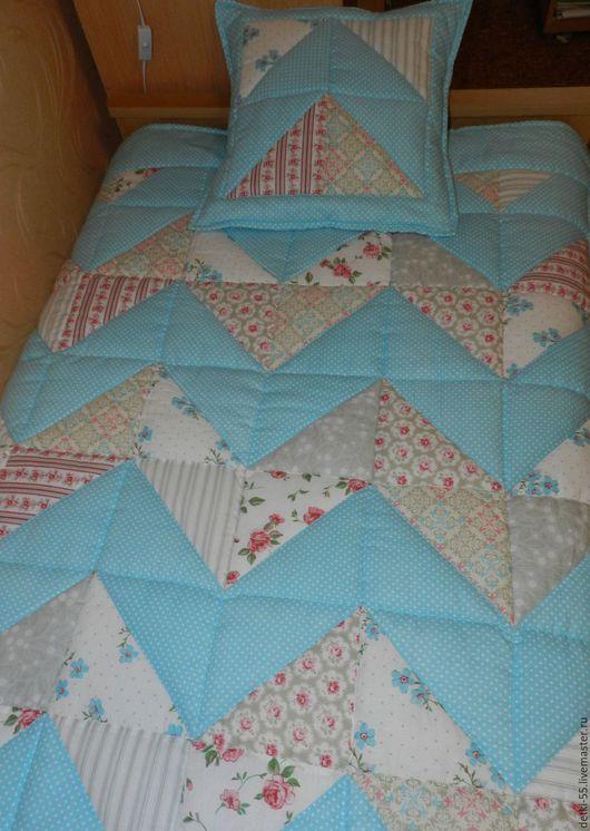 Пледы и одеяла ручной работы. Ярмарка Мастеров - ручная работа. Купить Лоскутное одеяло. Handmade. Комбинированный, лоскутное одеяло