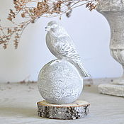 Для дома и интерьера handmade. Livemaster - original item Bird on a ball of concrete Provence Vintage home and garden. Handmade.