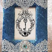 Фоторамки ручной работы. Ярмарка Мастеров - ручная работа Синяя бархатная рамка для фото. Handmade.