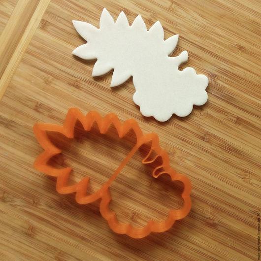 Гроздь рябины с листом.  Вырубка для пряника, печенья, поделок из соленого теста.