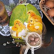 Подарки к праздникам ручной работы. Ярмарка Мастеров - ручная работа Пасхальное панно - подвеска декупаж Пасхальные яйца Цыплята. Handmade.