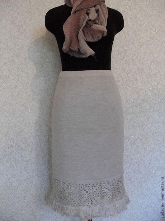 цвет юбки светло-серый