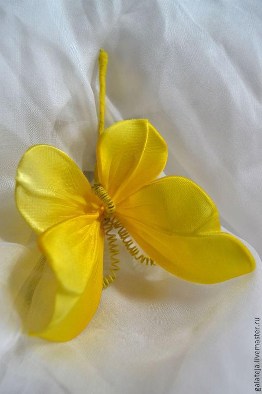 Броши ручной работы. Ярмарка Мастеров - ручная работа. Купить Цветы из шелка Бабочки из шелка Акценты. Handmade. Бабочка, брошь