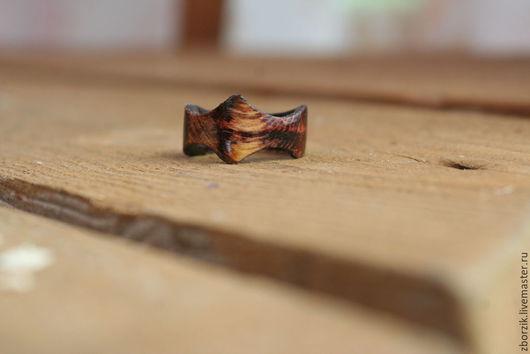 Кольца ручной работы. Ярмарка Мастеров - ручная работа. Купить Потертое. Handmade. Подарок девушке, обрачальные кольца, кольцо из дерева