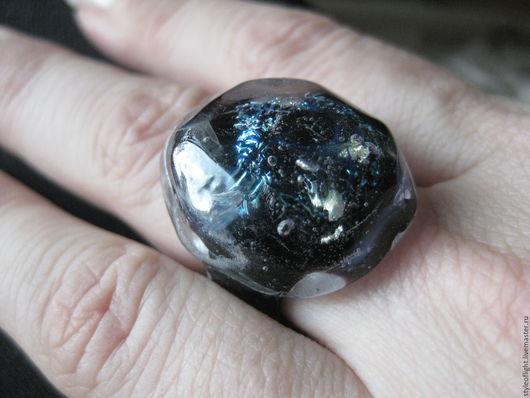 """Кольца ручной работы. Ярмарка Мастеров - ручная работа. Купить Кольцо из муранского стекла """"Тайны ледяного кристалла"""". Handmade. кольцо"""