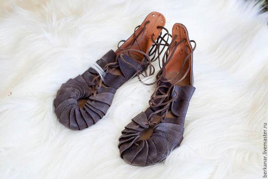 """Обувь ручной работы. Ярмарка Мастеров - ручная работа. Купить Кожаные сандалии """"Дочь Фьордов"""". Handmade. Коричневый"""