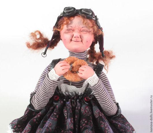 Коллекционные куклы ручной работы. Ярмарка Мастеров - ручная работа. Купить Авторская кукла. Булочка.. Handmade. Разноцветный, авиатор, пилот