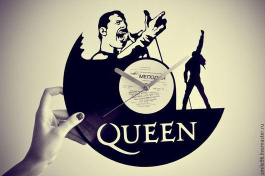 """Часы для дома ручной работы. Ярмарка Мастеров - ручная работа. Купить Часы из пластинки """"Queen"""". Handmade. Queen, часы настенные"""
