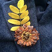 "Brooch-clip handmade. Livemaster - original item Брошь-зажим из кожи ""Гербера"". Handmade."